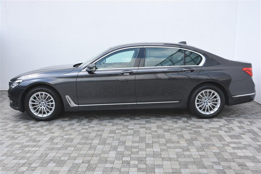 Сертифіковані уживані автомобілі BMW, автомобілі з пробігом в Ukraine | BMW Ukraine | BMW 7 Series BMW 730Ld xDrive  Used Car